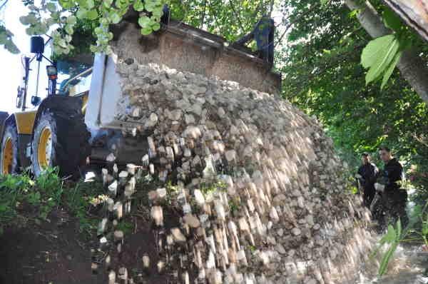 Årligt udføres en lang række restaureringsprojekter i de egnede vandløb.