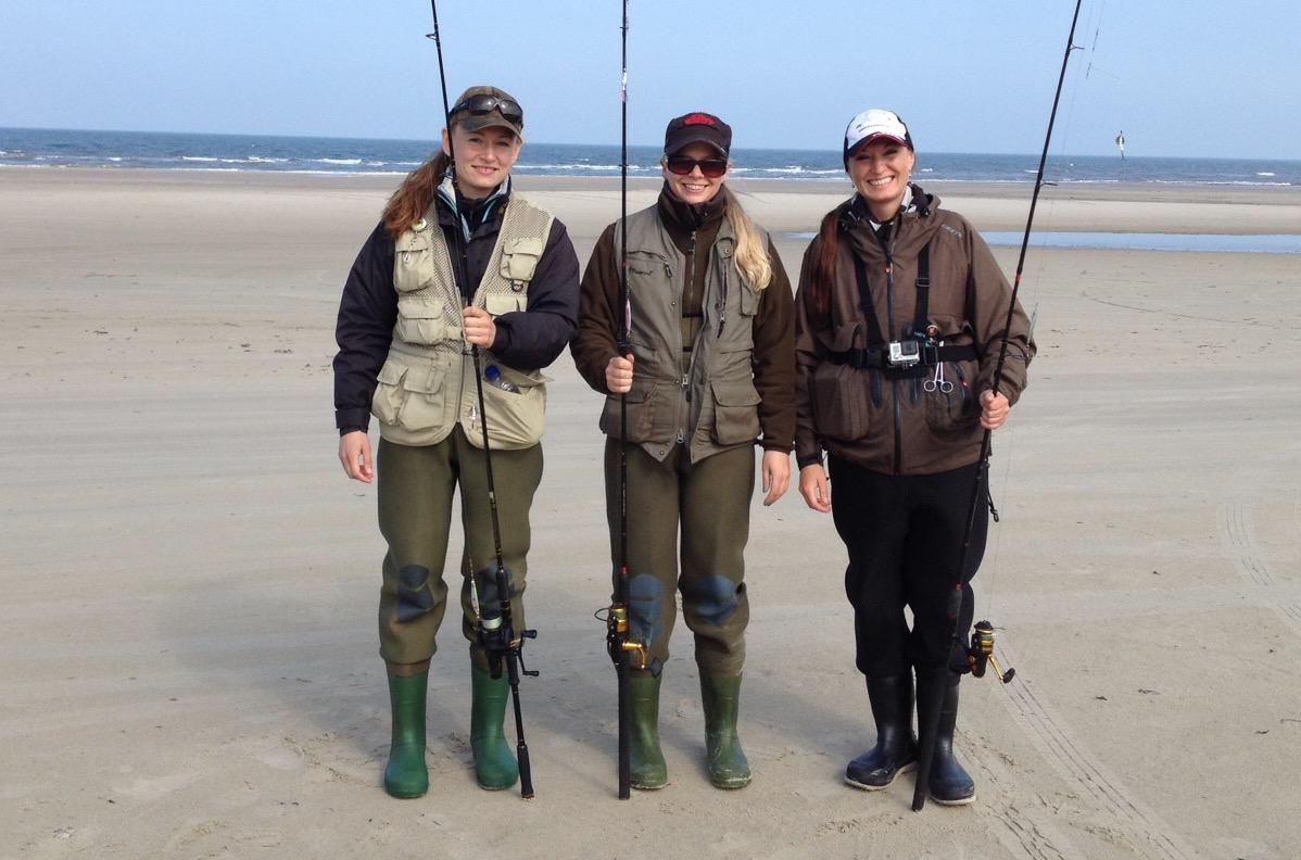 Senja og 2 fiskepiger