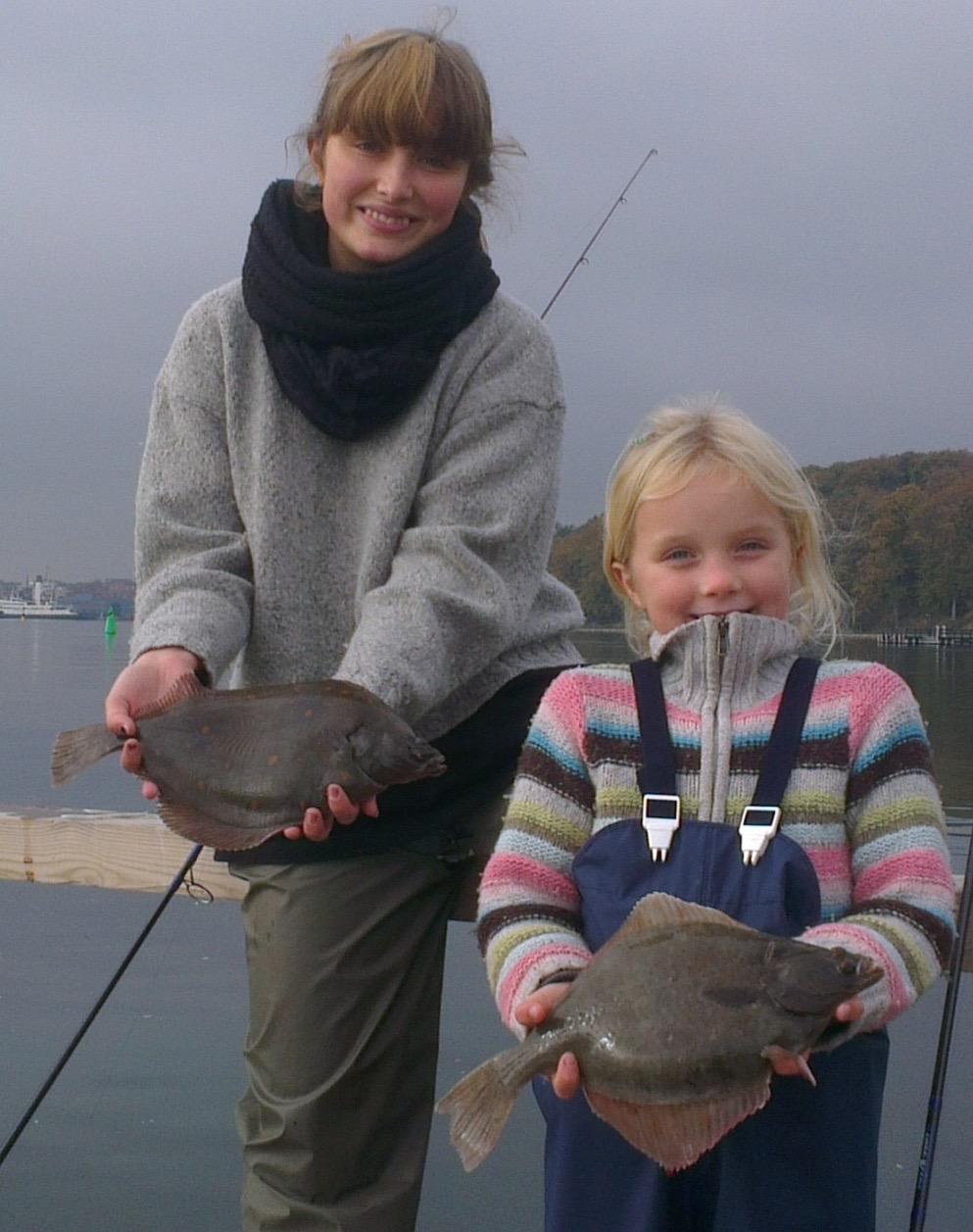 Hvad siger du til en tur med fladfisk på krogen, som børnene kan få med hjem og tilberede i mors køkken? Kutterturen giver rig mulighed for det.